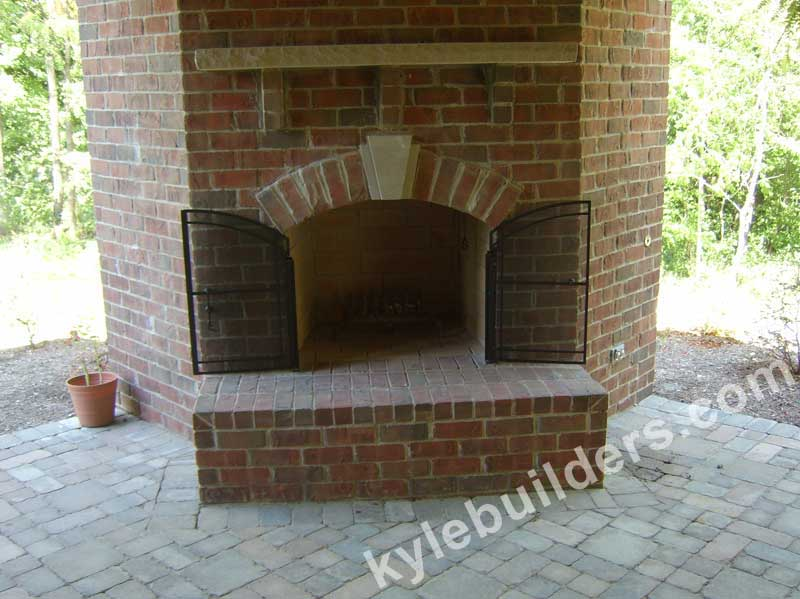 Kyle Builders Custom Built Outdoor Fireplaces In Michigan