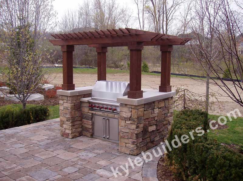Kyle Builders Custom B B Q Enclosures In Southeast Michigan