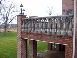 alternating balustrade and scroll